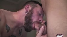 Gay passif bon suceur de fion pilonné par son amant